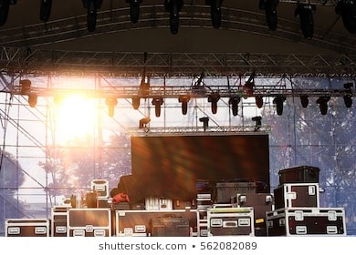 https://image.shutterstock.com/image-photo/stage-equipment-concert-260nw-562082089.jpg